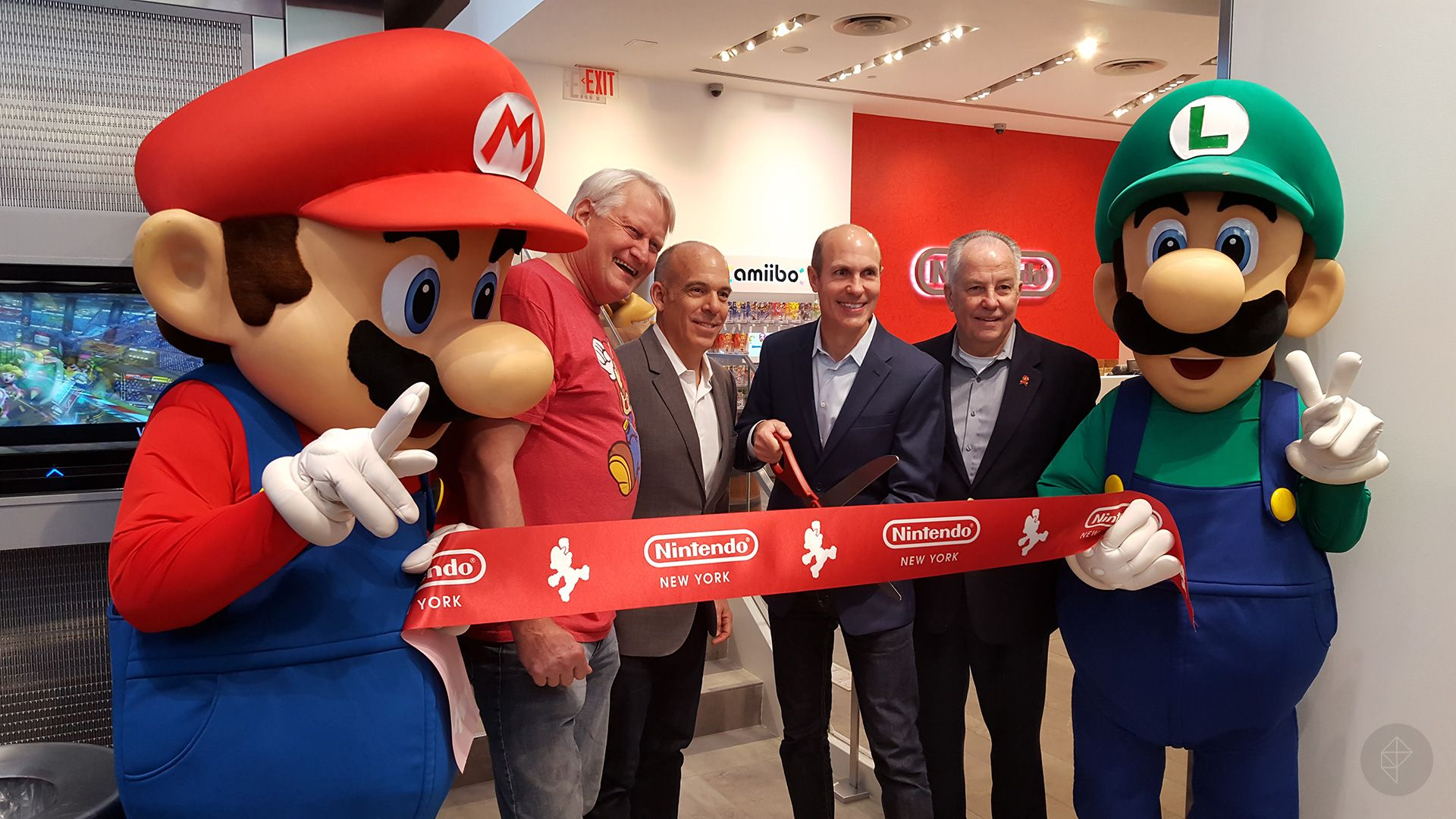 nintendo-ny-opening-photo-03_1920.0